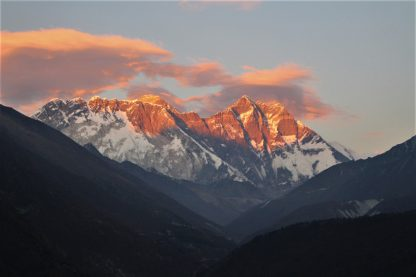 sunset on khumbu with everest lhotse and nuptse