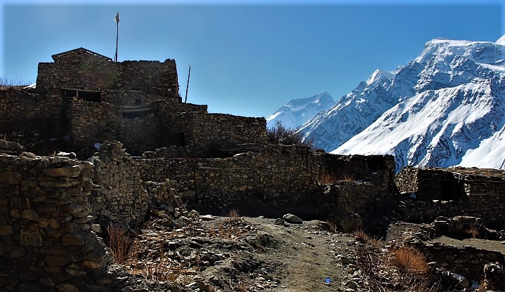 Abandoned village and Annapurna 2
